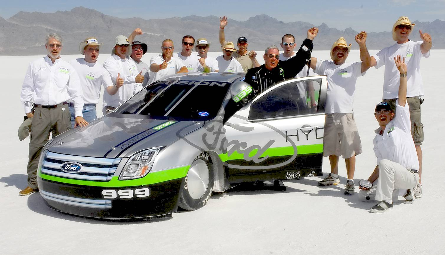 Ford's hydrogen powered Fusion fuel cell electric land speed record car