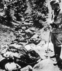 "Victims of the Nanking Massacre buried in the ""Ten Thousand Corpse Ditch""."
