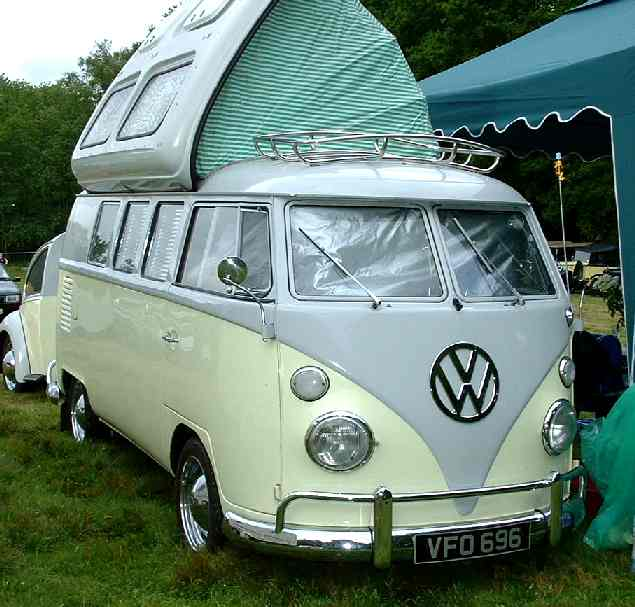 Beautifully turned out VW split screen camper with opening roof VFO 696