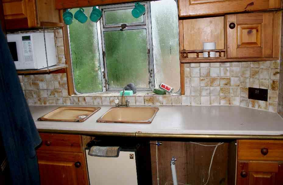 Gyspy caravan kitchen